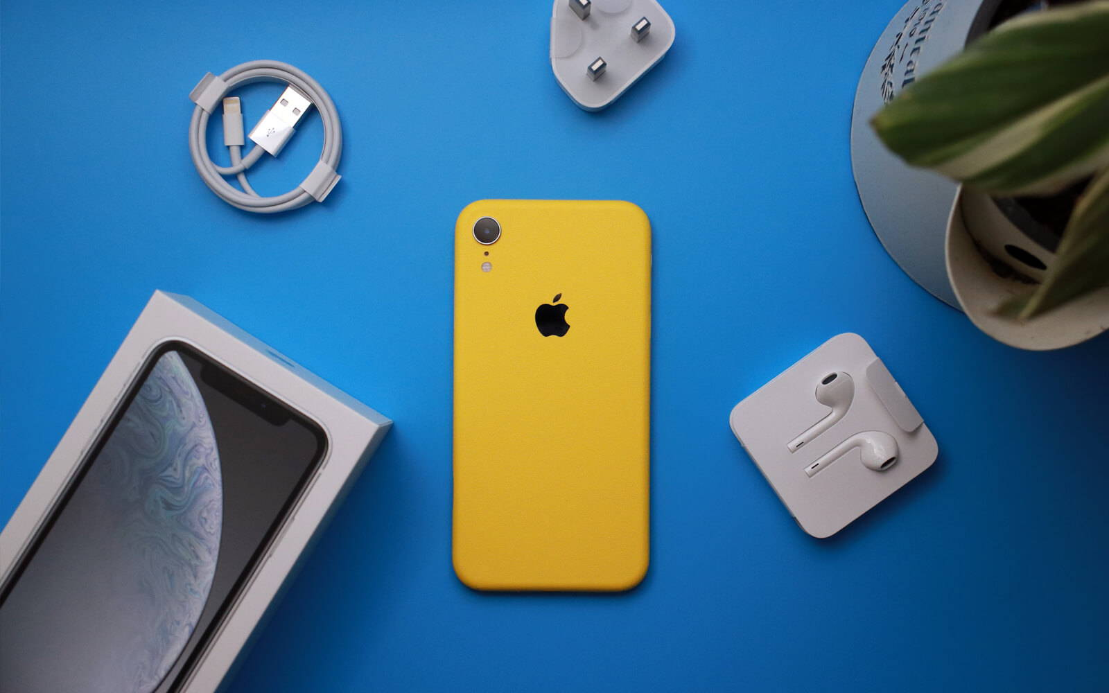 iPhone XR True Colour Yellow Skins