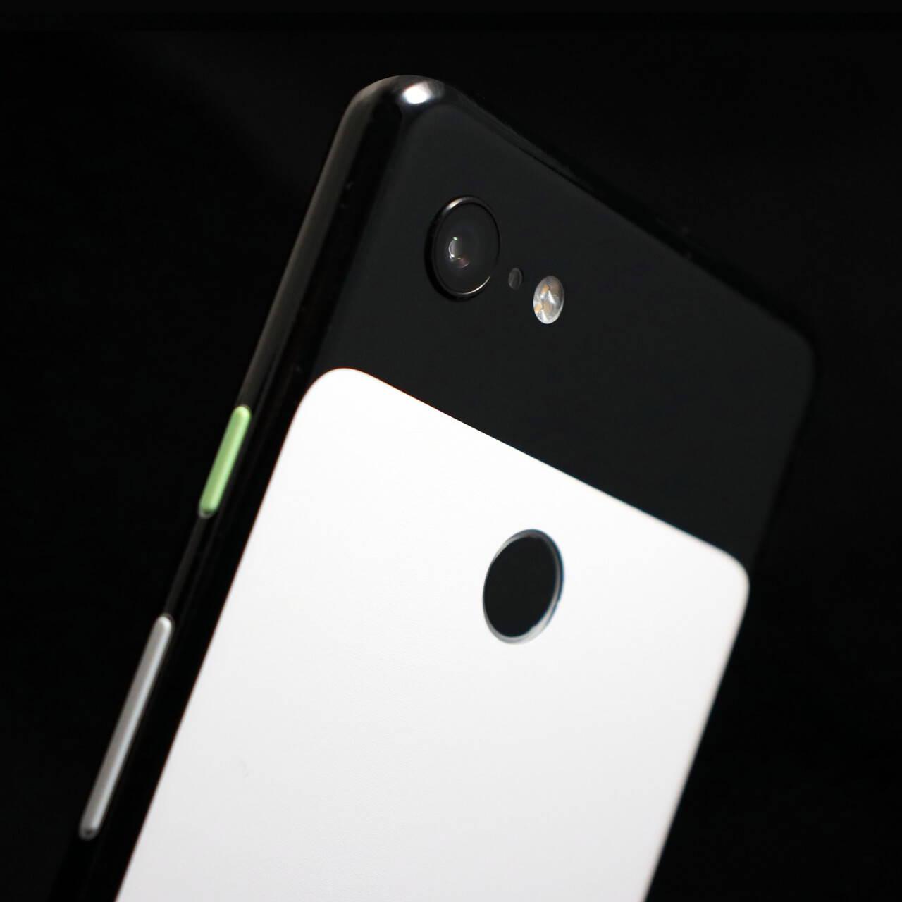 Google Pixel 3 XL Black Gloss and Matt White Skins