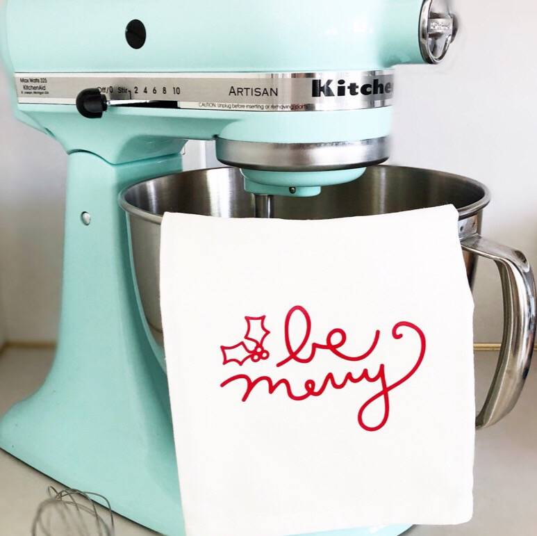 Diy Christmas Project How To Apply Heat Transfer Vinyl On
