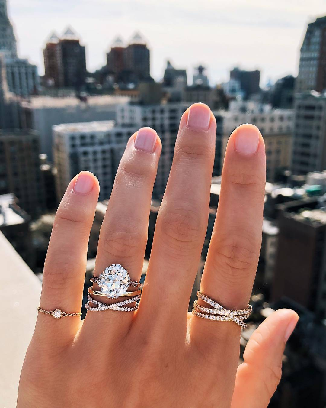10 Unique Wedding Bands That Make a Statement on Their Own – Ring
