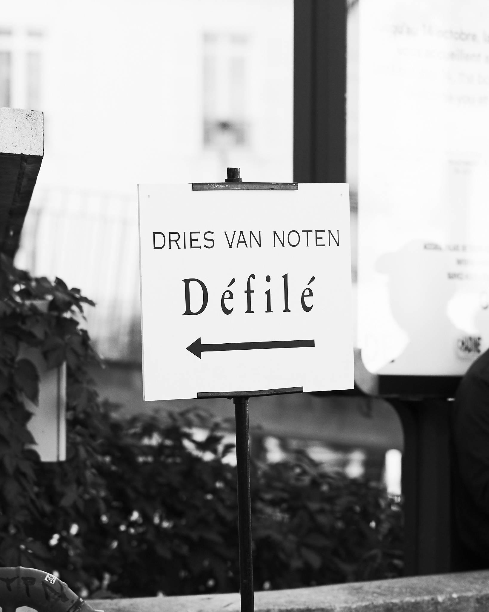 Street Style Paris Fashion Week SS19 Dries Van Noten