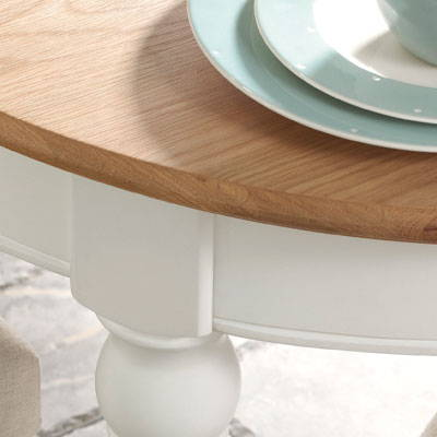 Earlham Two Tone Dining