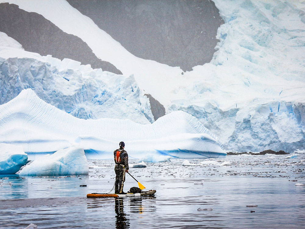 Stand up paddling in Antartica