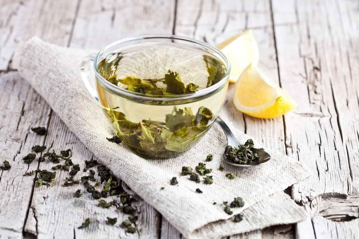 Grüner-Tee-Gesichtswasser