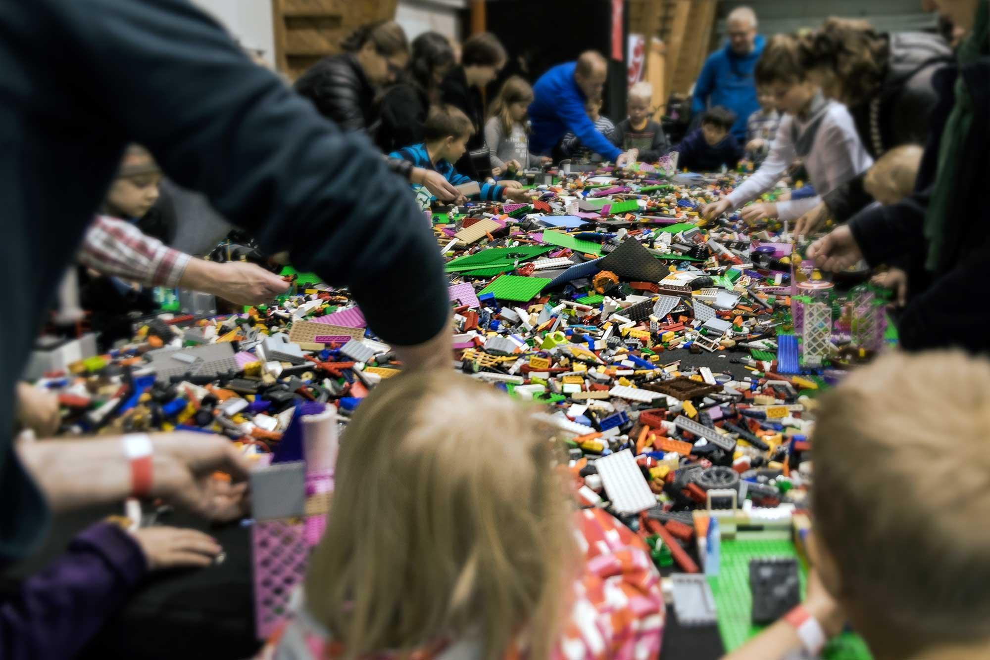 LEGO rakentelu tapahtuma