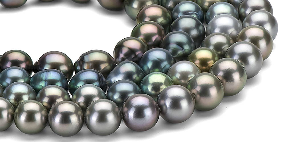 Tahitian Pearls Come in a Rainbow of Natural Colors