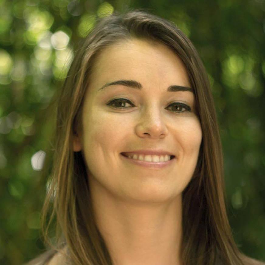 Amelia Brodka Headshot