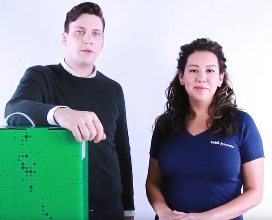 Tobii Dynavox Mitarbeiter in einem Trainingsvideo vorgestellt