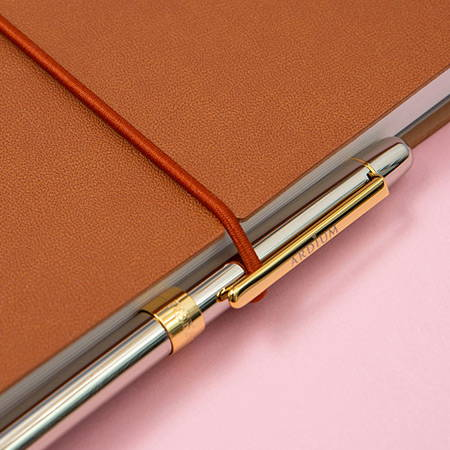 Elastic band closure - Ardium 2020 My diary monthly dated planner