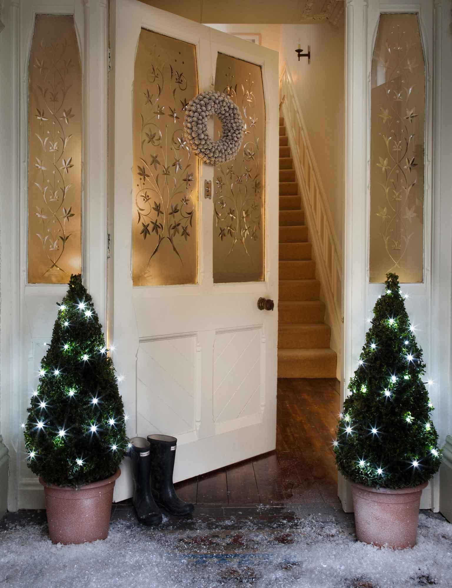 Ideen Weihnachtsbeleuchtung Außen.Ideen Zur Weihnachtsbeleuchtung Im Garten Lights4fun De