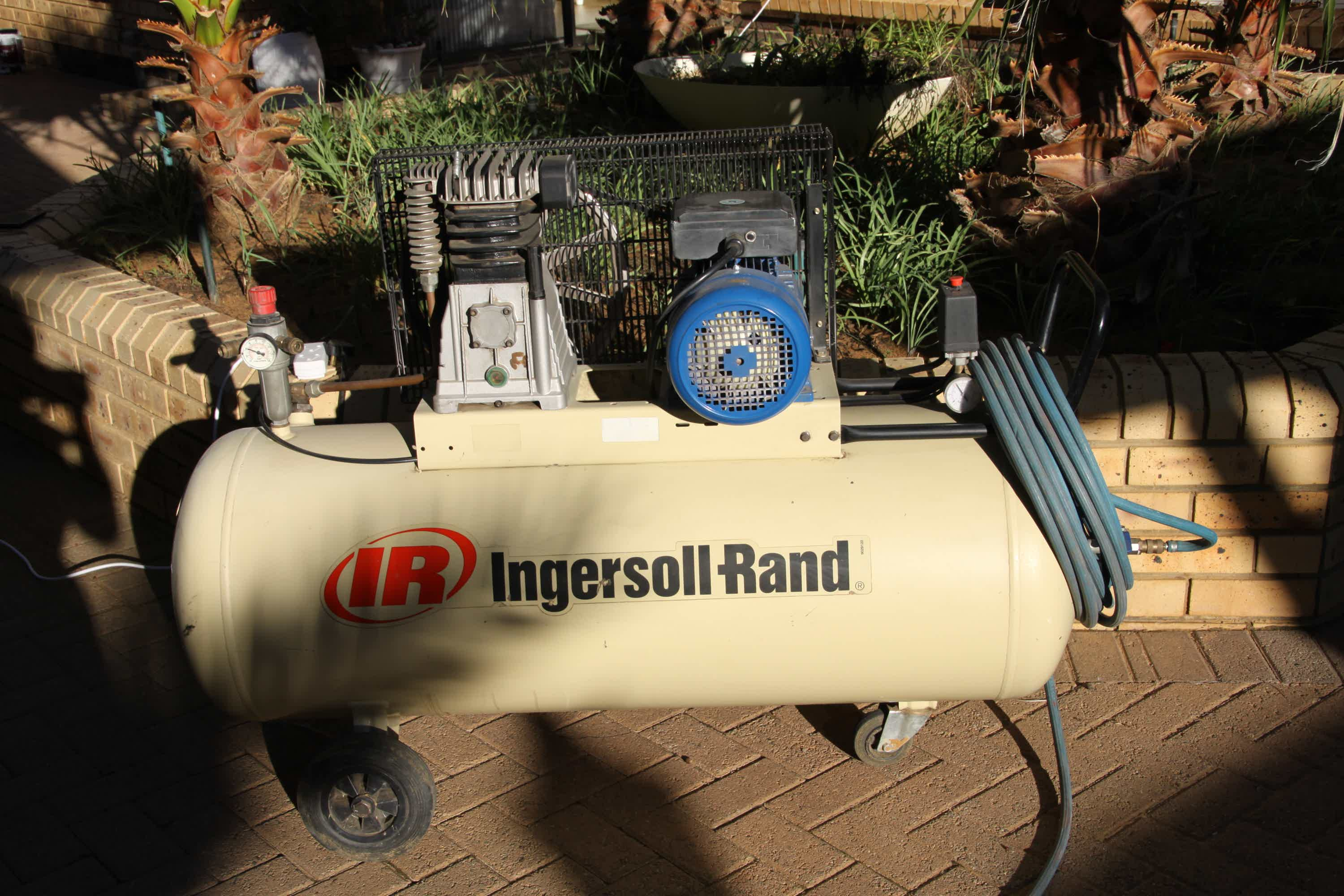 ingersoll rand compressor for glow in the dark spray gun paint