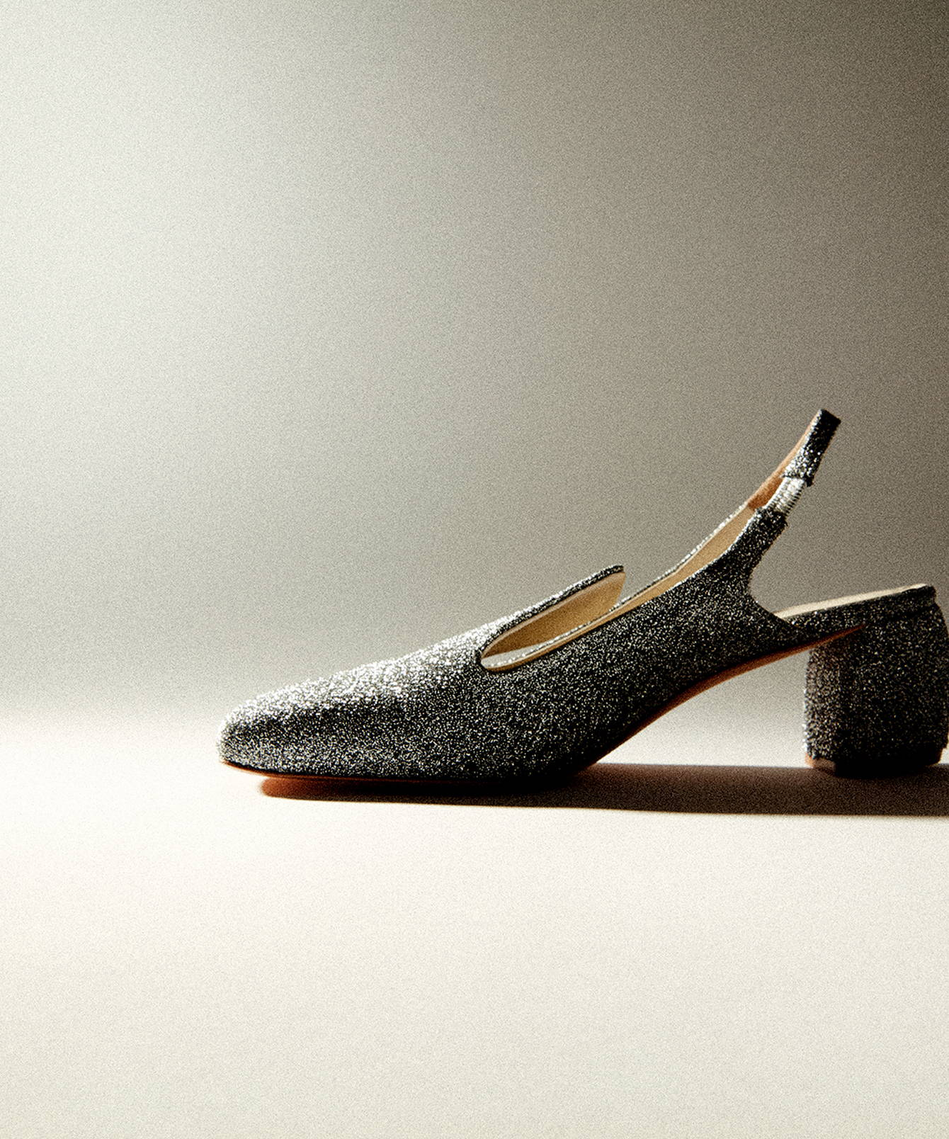 2019 Gift Guide image of evon heel