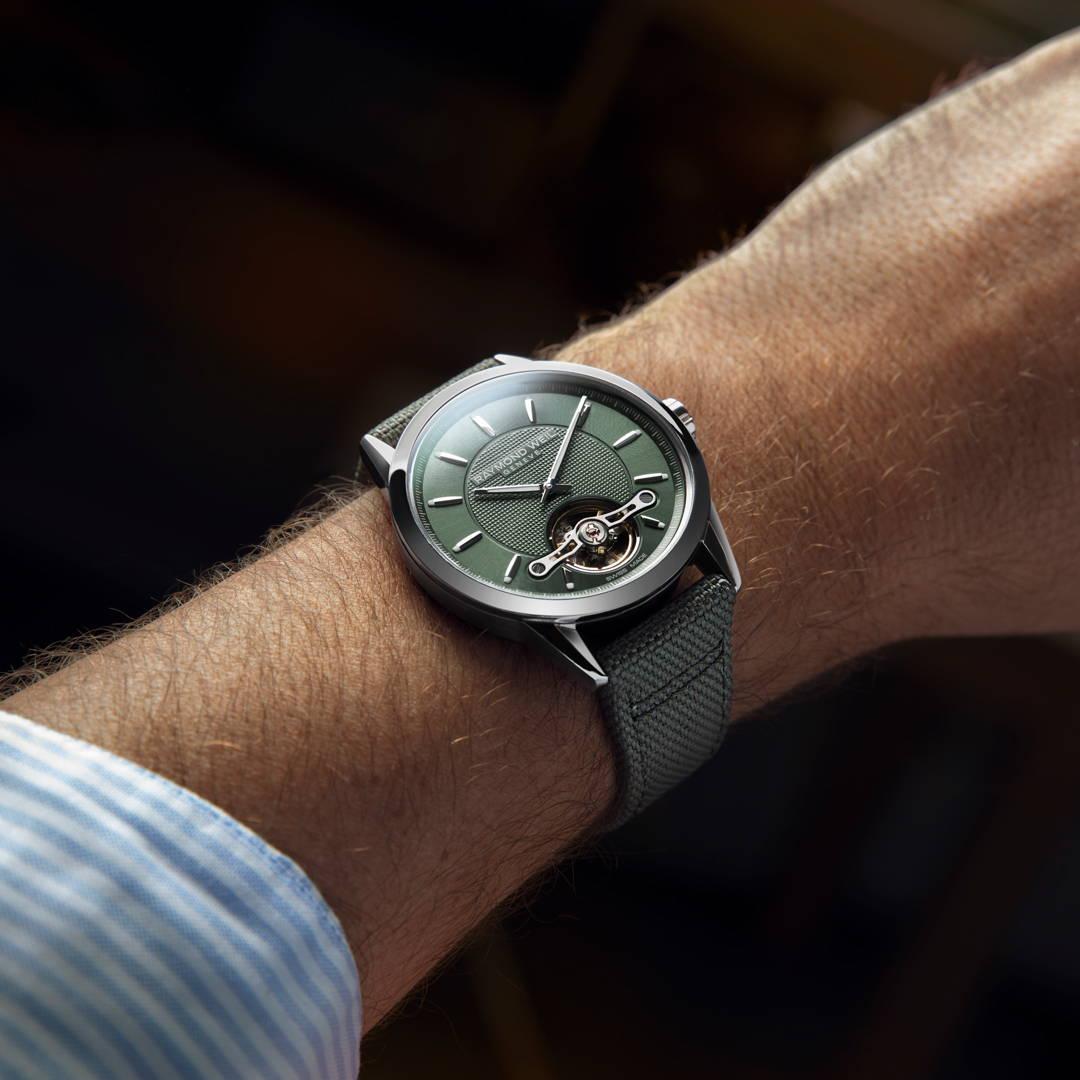 Green dial watch