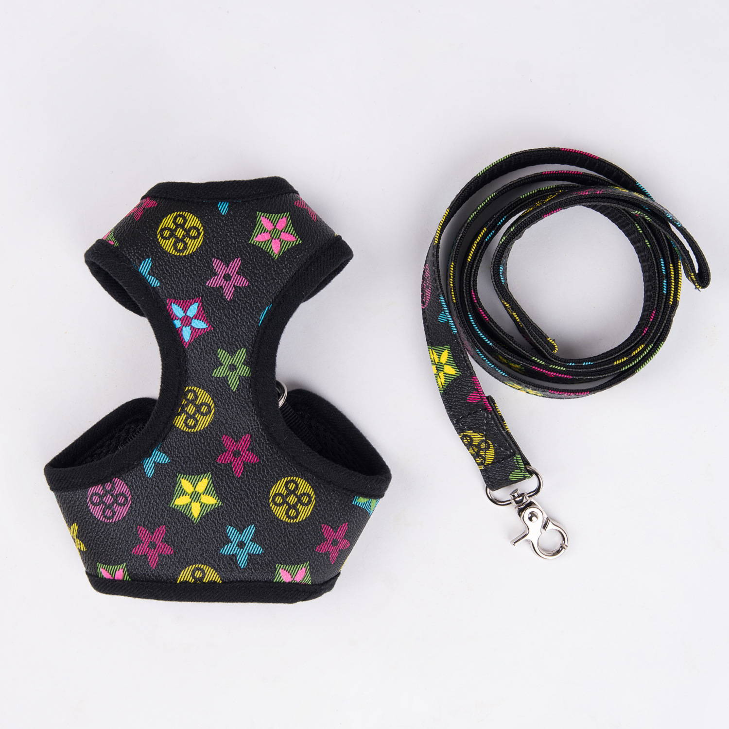 louis vuitton dog harness and leash