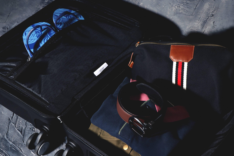 Gentleman's Baggage - Rustans.com