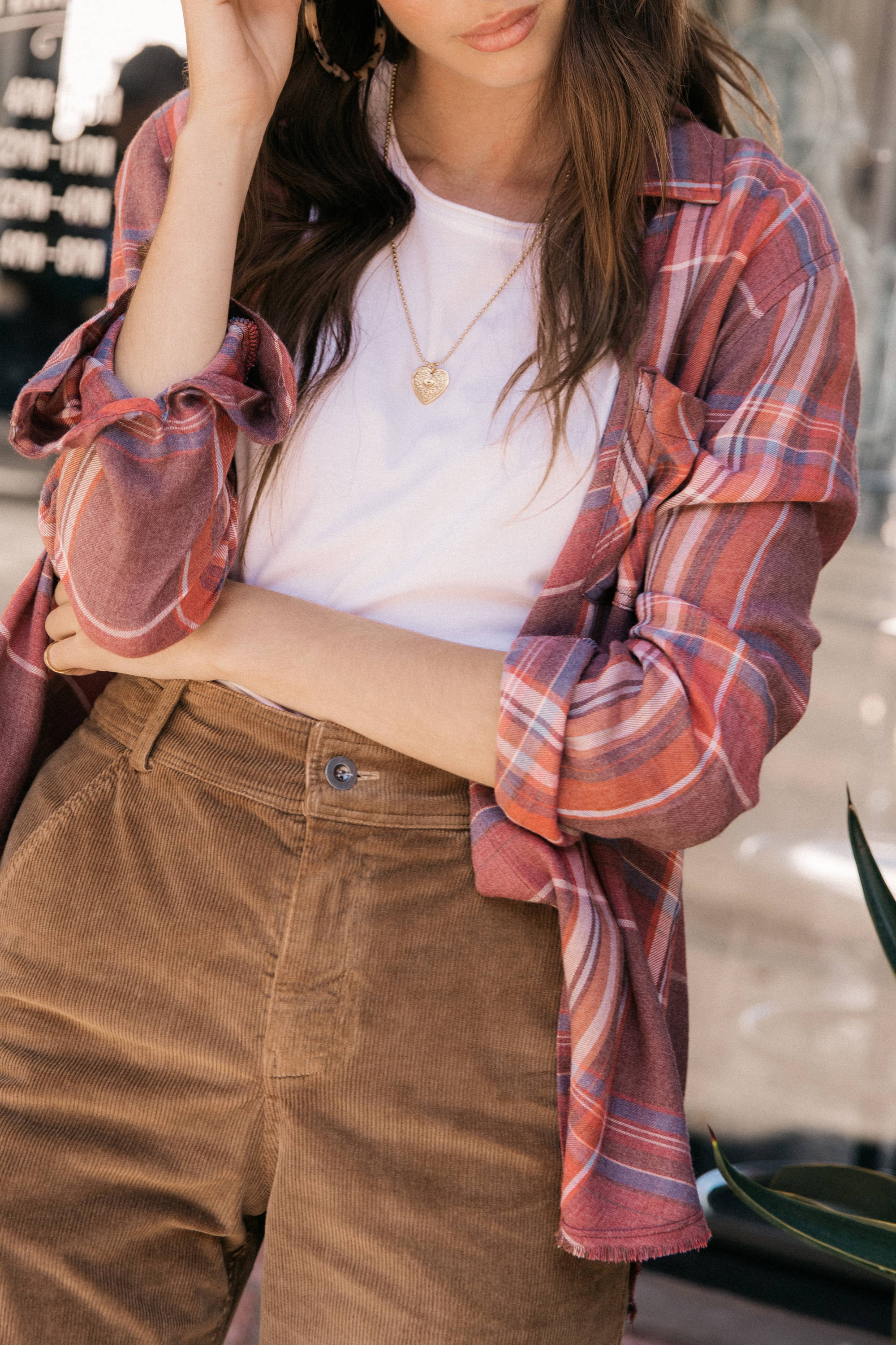 Womens Red Multi Color Plaid Long Sleeve Button Down Shirt With Buttoned Sleeves.