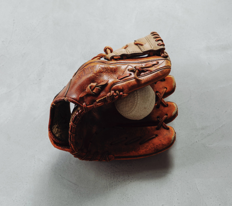 崇拜的前輩交付的棒球手套
