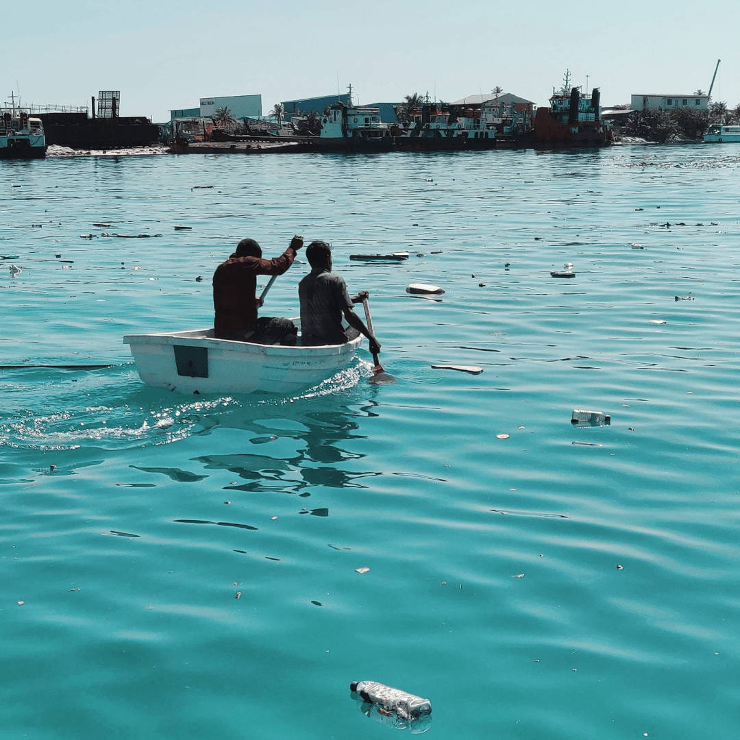 maldives ocean plastic