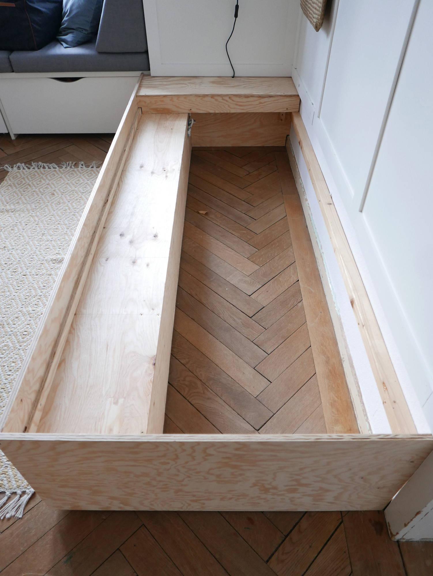 Bett bauen DIY Stauraum Gästezimmer
