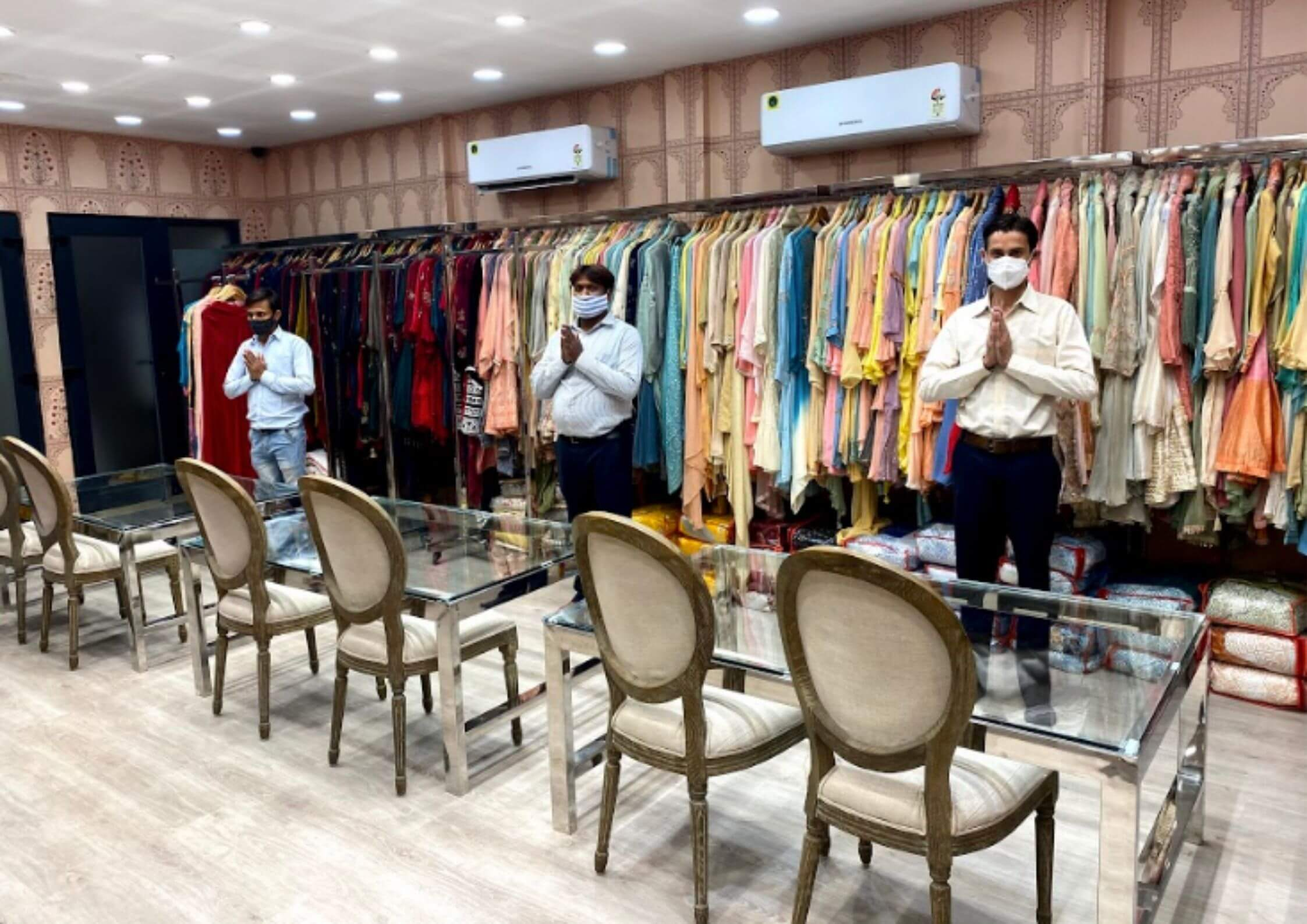 best ethnic wear shop in chandni chowk - kanchan fashion