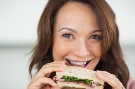 Die Alternative zur streng Ketogenen Ernährung heißt
