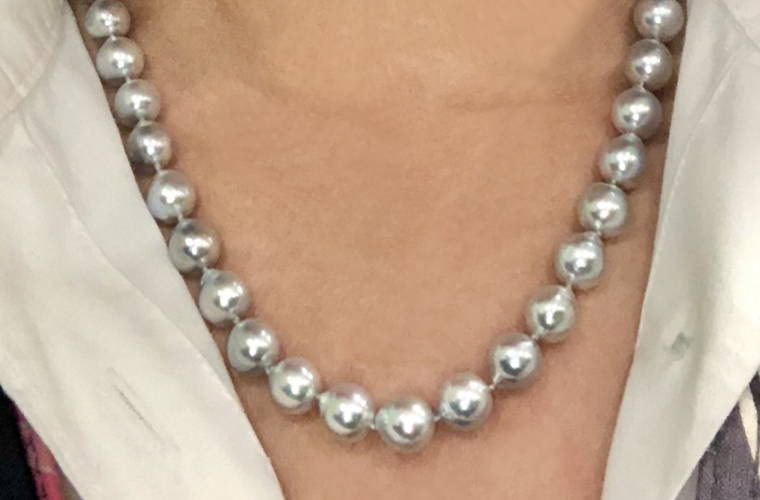 Blue Akoya Pearl Necklace Selfie