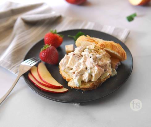 smoky chicken salad sandwiches