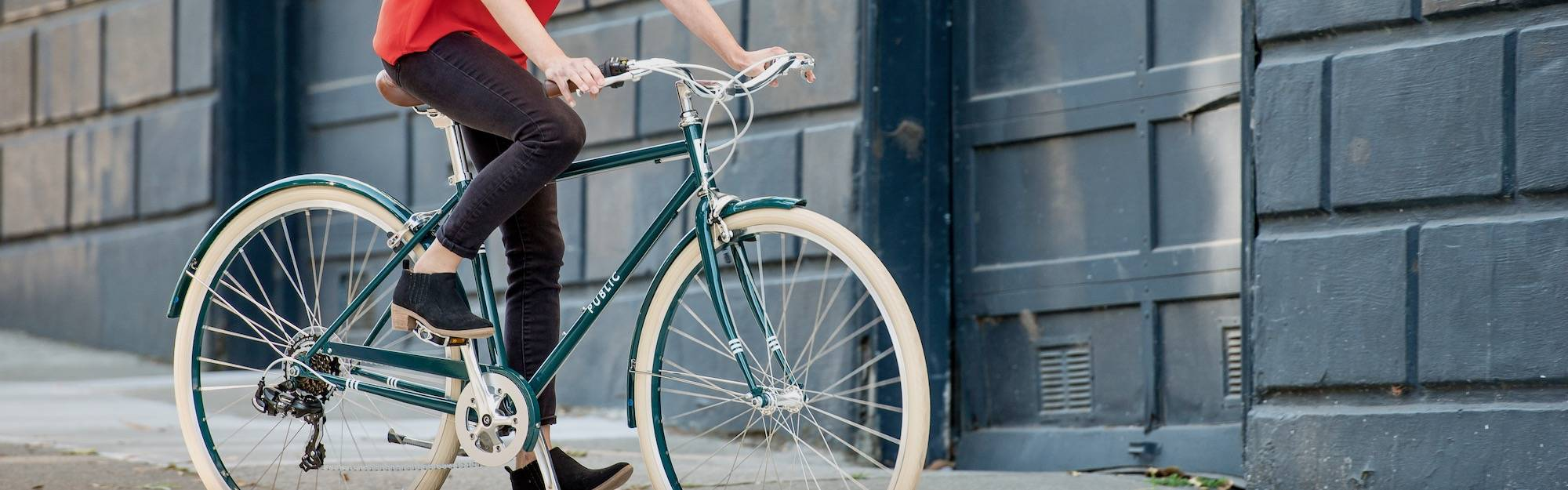 Public bikes are the ultimate urban and comfort bike.