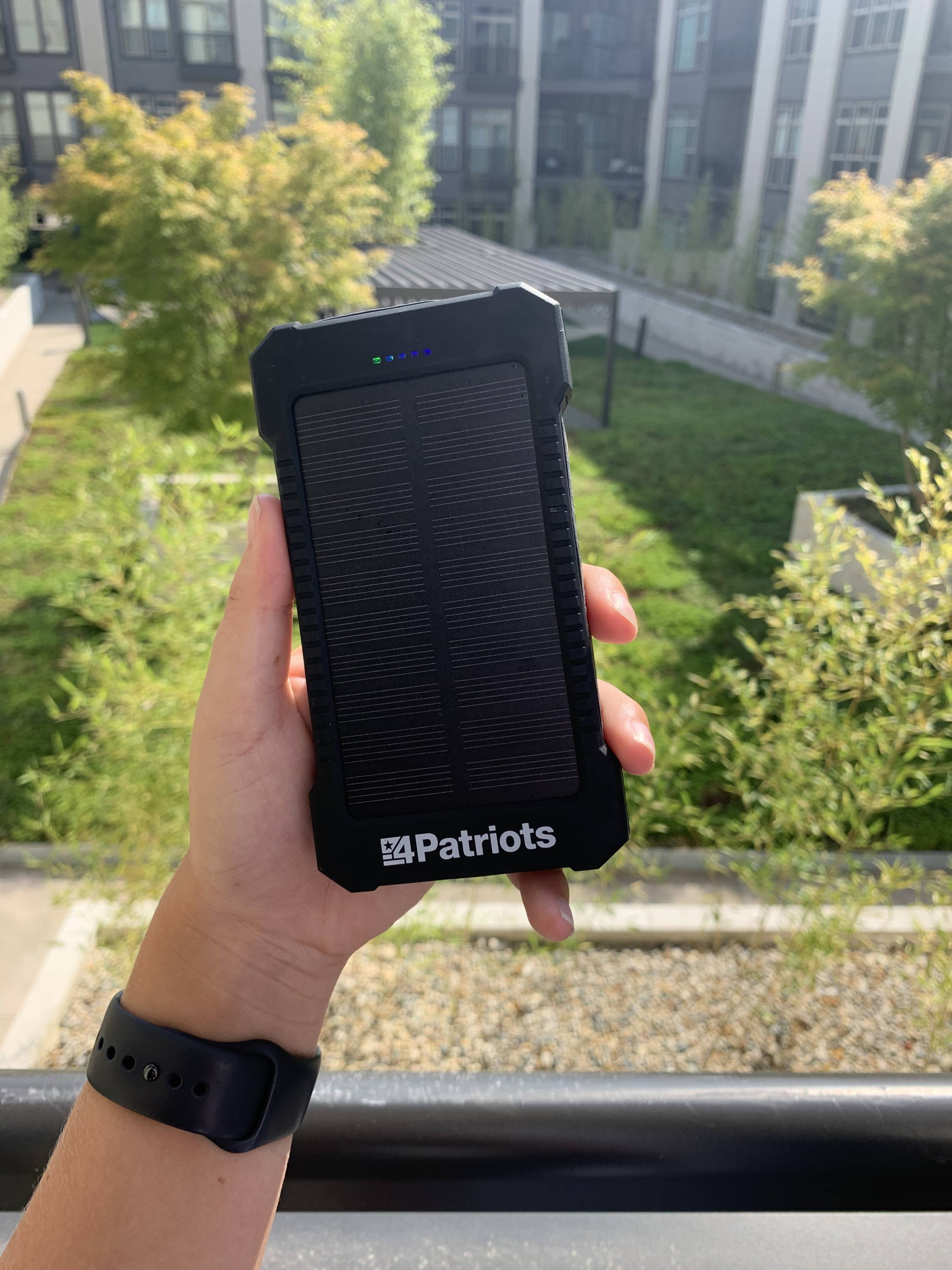 The 4Patriots power cell solar charger review: