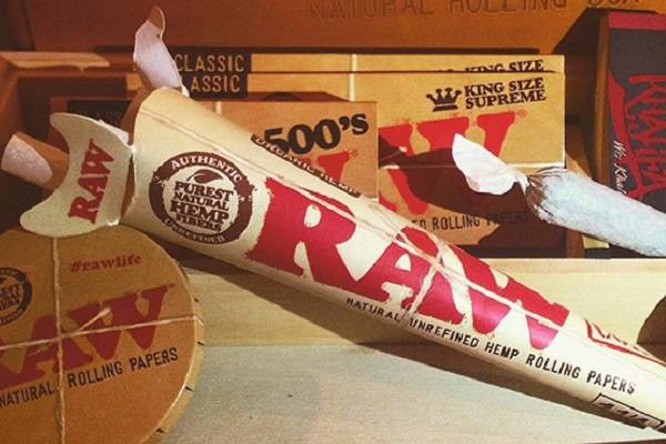 Buy RAW Rolling Papers & Cones at DopeBoo.com