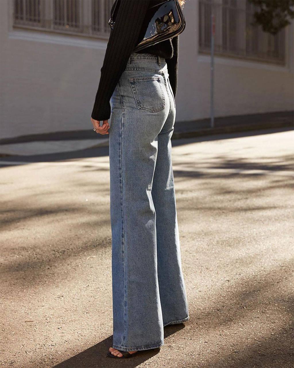 @harperandharley wearing Georgia Alice jeans.