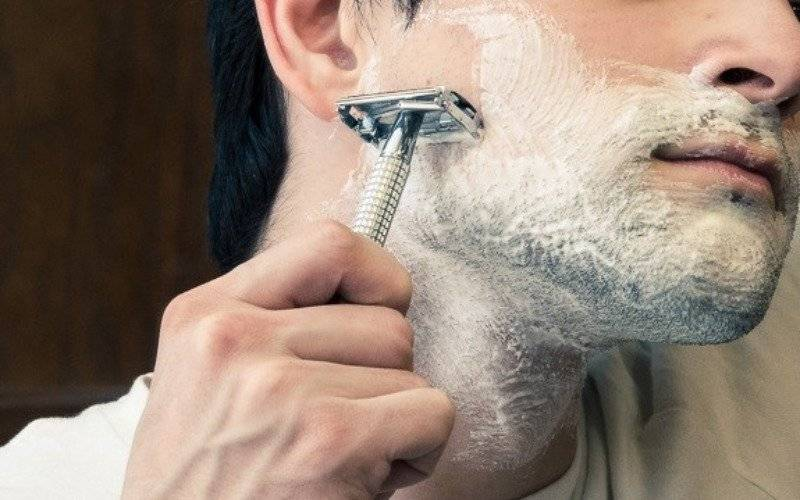 Ways to Handle Red Bumps - Shave Direction