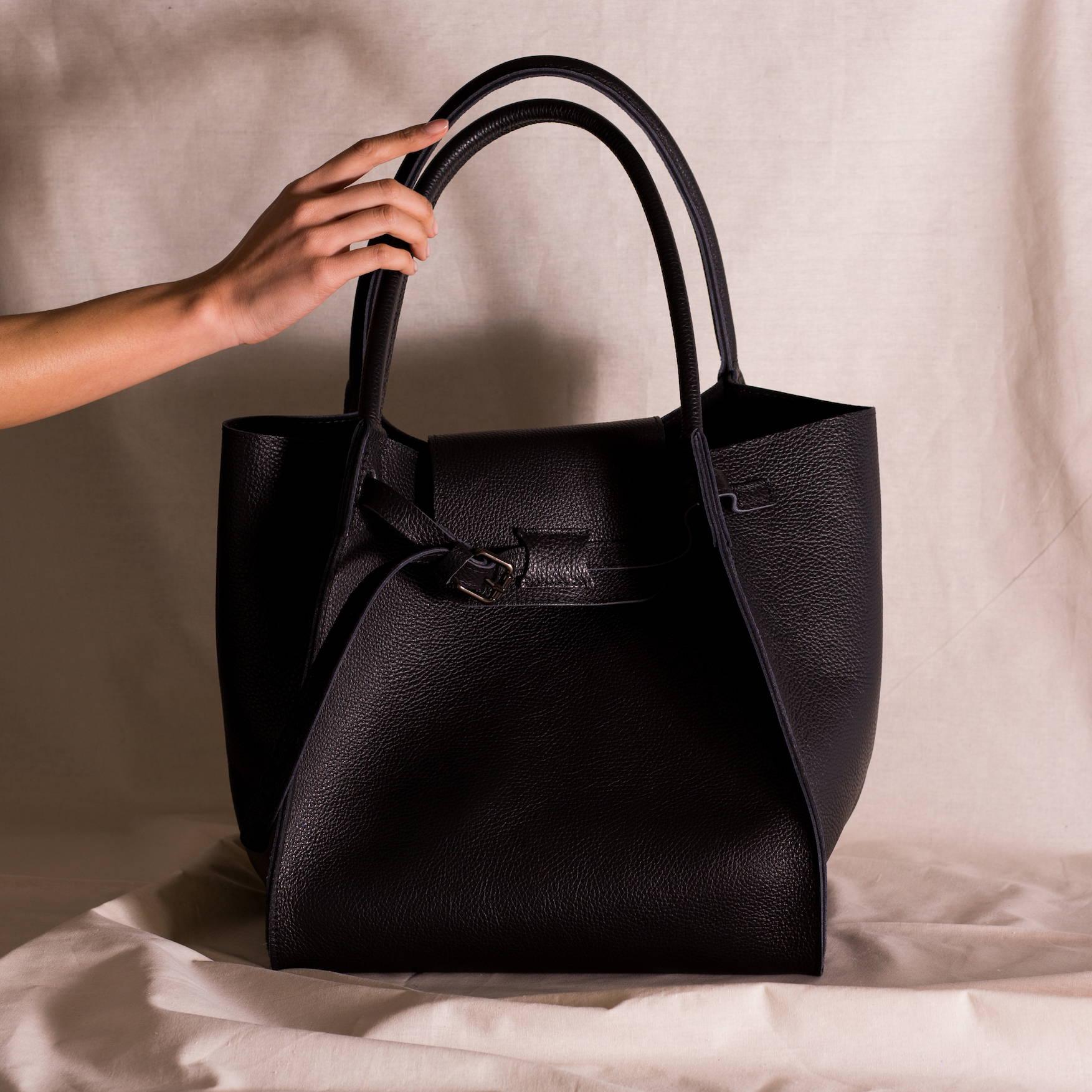 VESTIRSI leather handbag handmade in Italy SIMONE full grain Italian leather black handbag