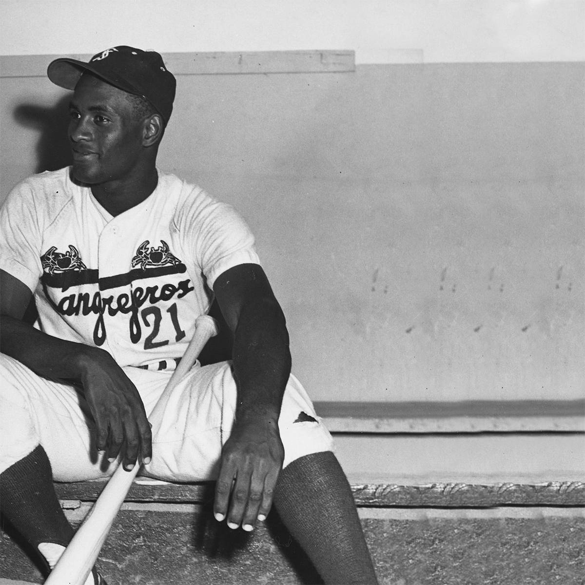 cheap for discount c15ef 107b6 A Deeper Look Into the Santurce Cangrejeros – Ebbets Field ...