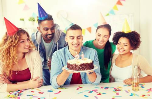 21st-birthday-cake-with-friends