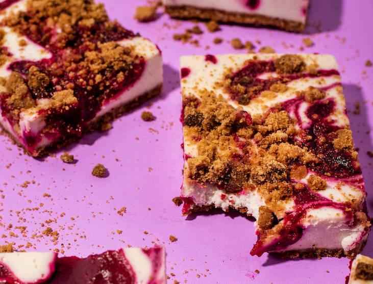 cranberry cinnamon cheesecake bar