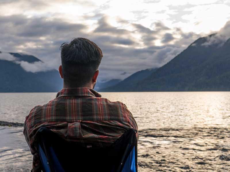 CLIQ Chair Product Photo Lake Person Scenic