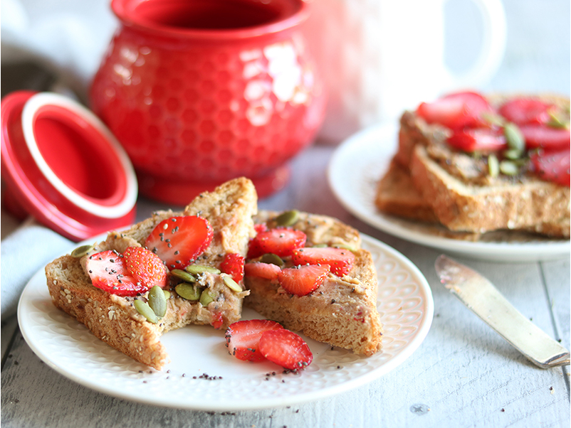 Tartinade dattes et fraises, recette santé du blogue de Isabelle Huot Docteure en nutrition