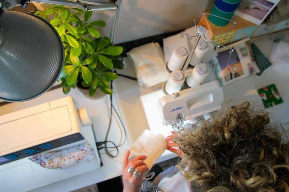 Eponges naturelles fabriquées à la main en Ile de France par Papa Poule Mama Cool