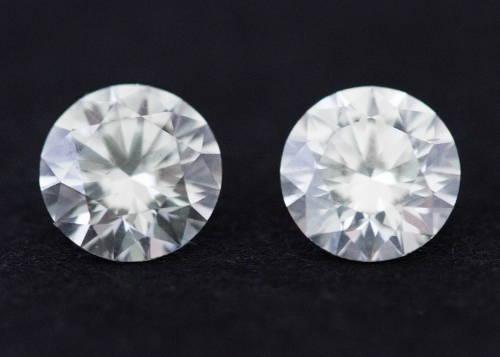 Two diamonds side by sidee