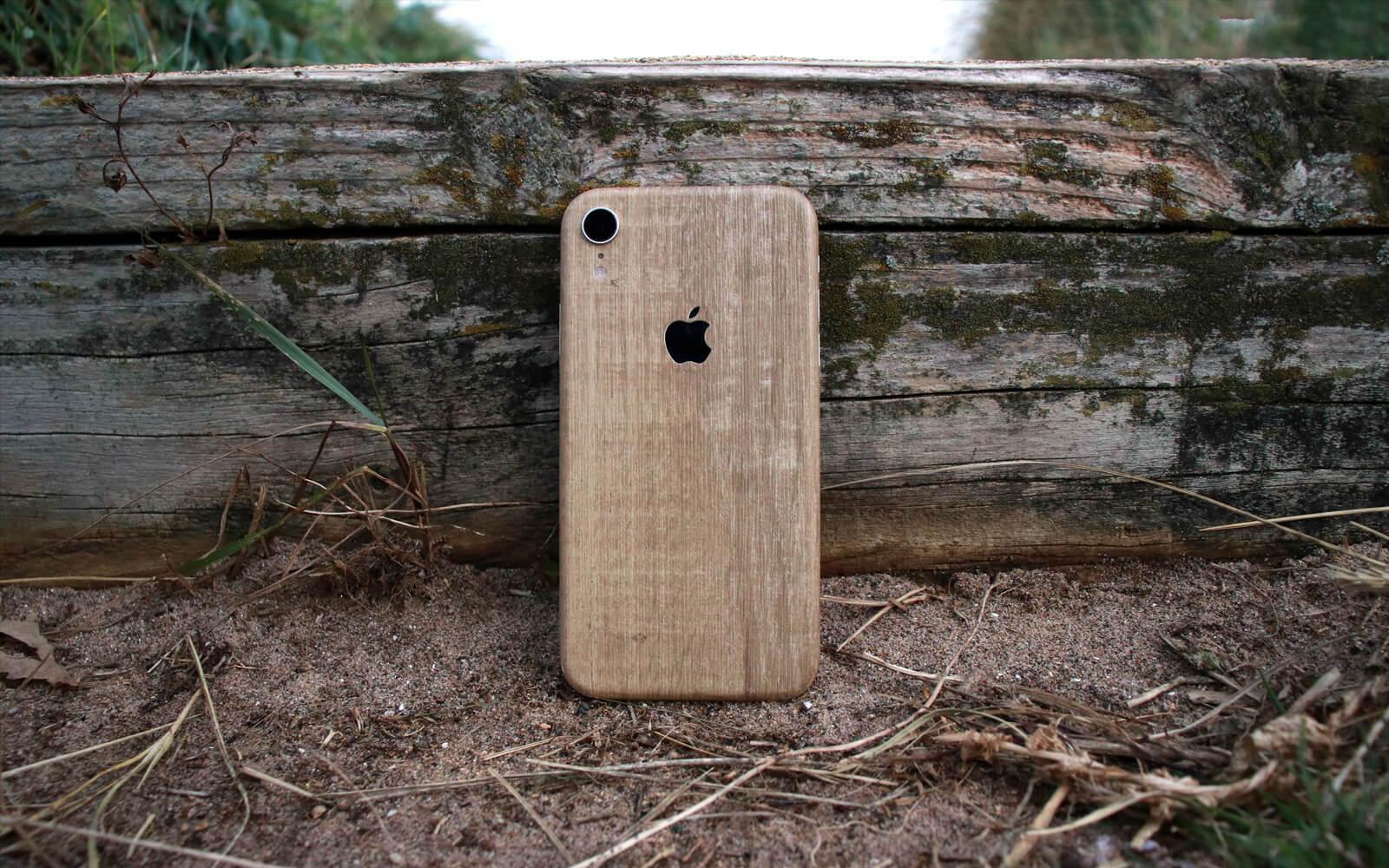 iPhone XR Modern Oak Skins