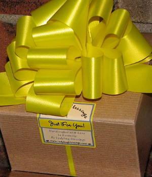 Customiized Gift Box, Customized Gift Basket, Cutomized Bath and Body Gift