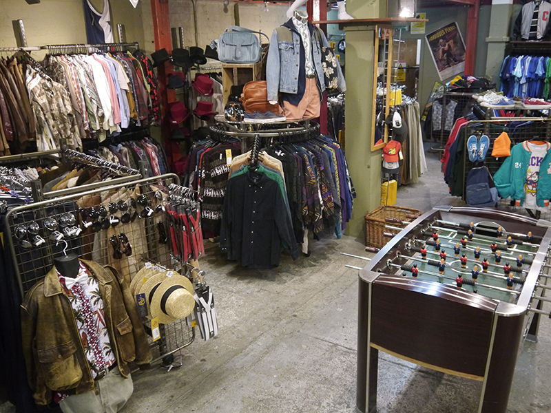 151a577a518ac9 Vintage Clothes Store