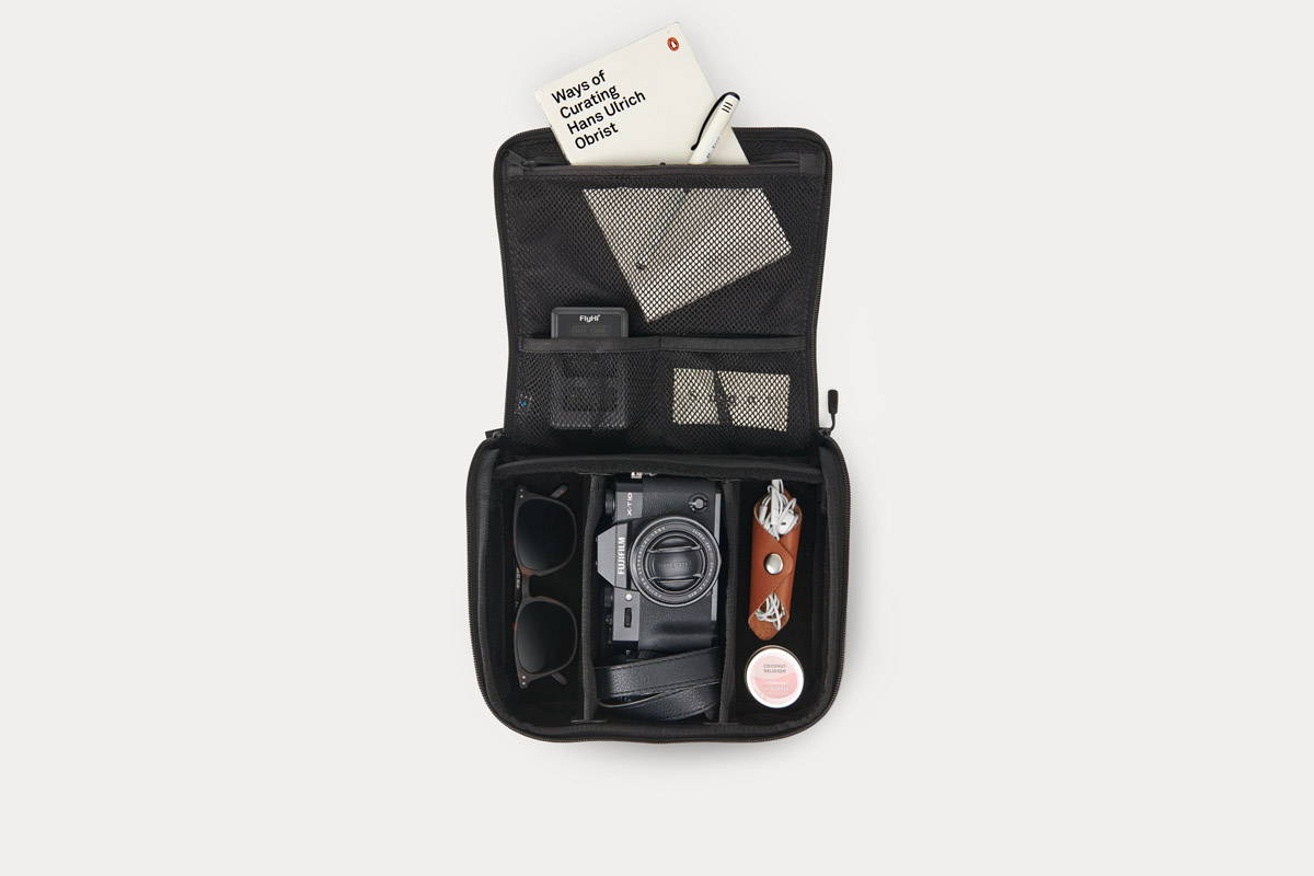 Toolcase XL, the new dopp kit / cord taco for travelers - Minaal