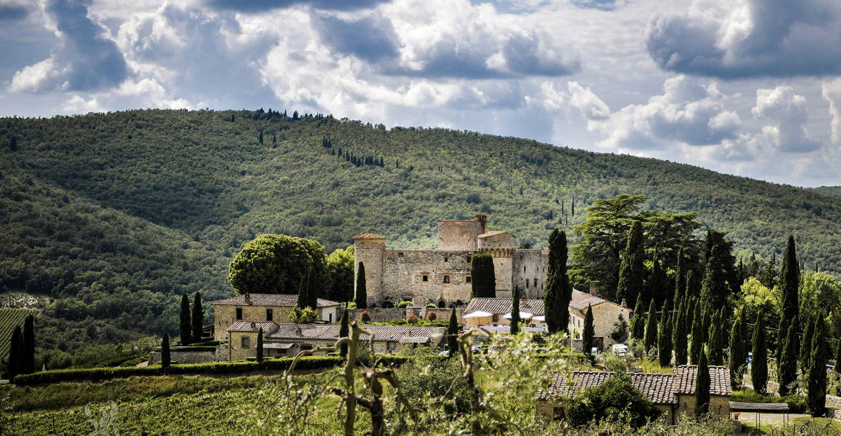 Castello di Meleto wedding Camilla gabrieli