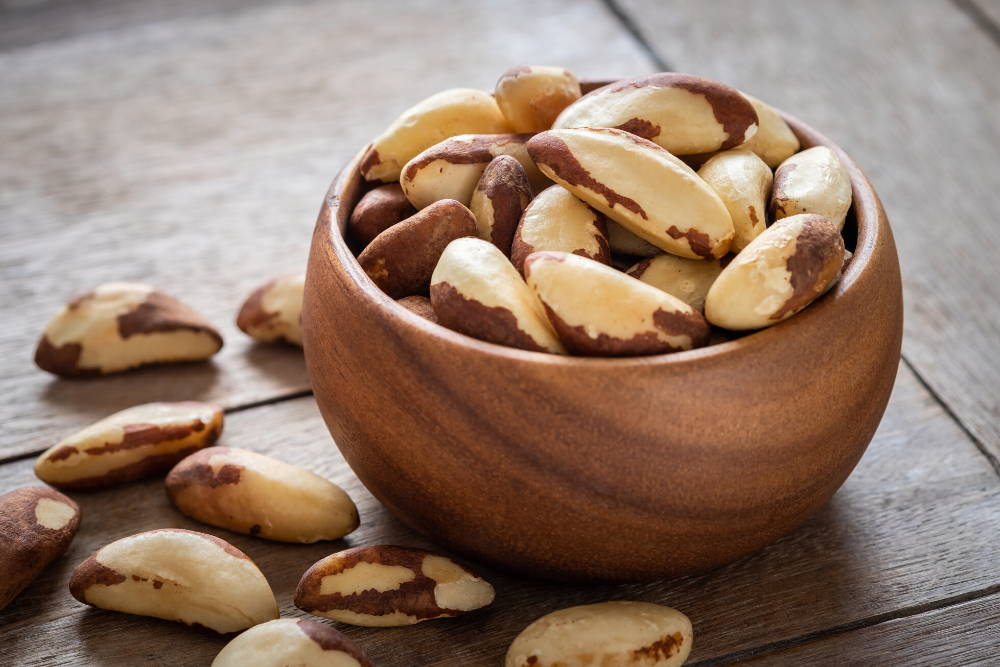 brazil nuts with selenium to improve white blood cells