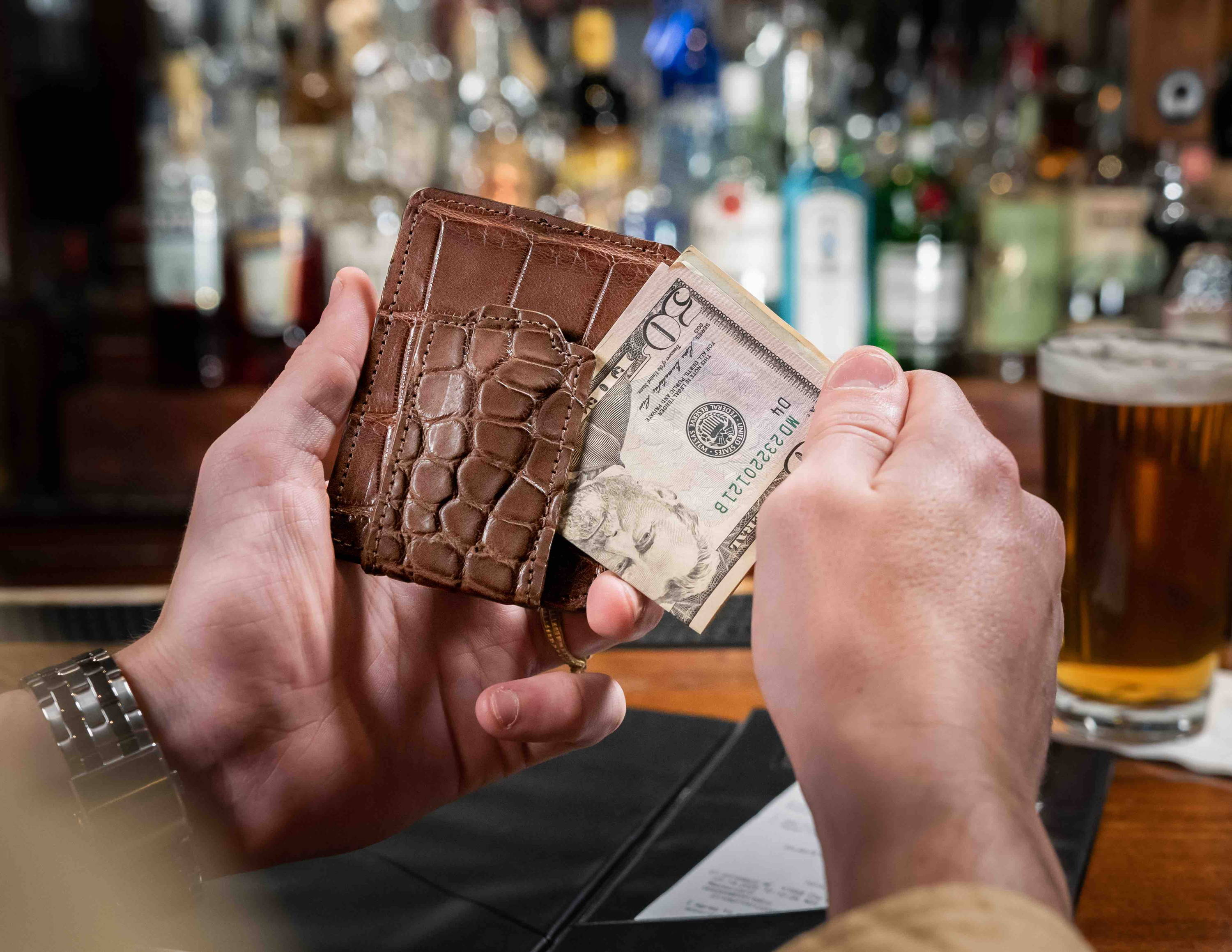 Best alligator wallet 2020