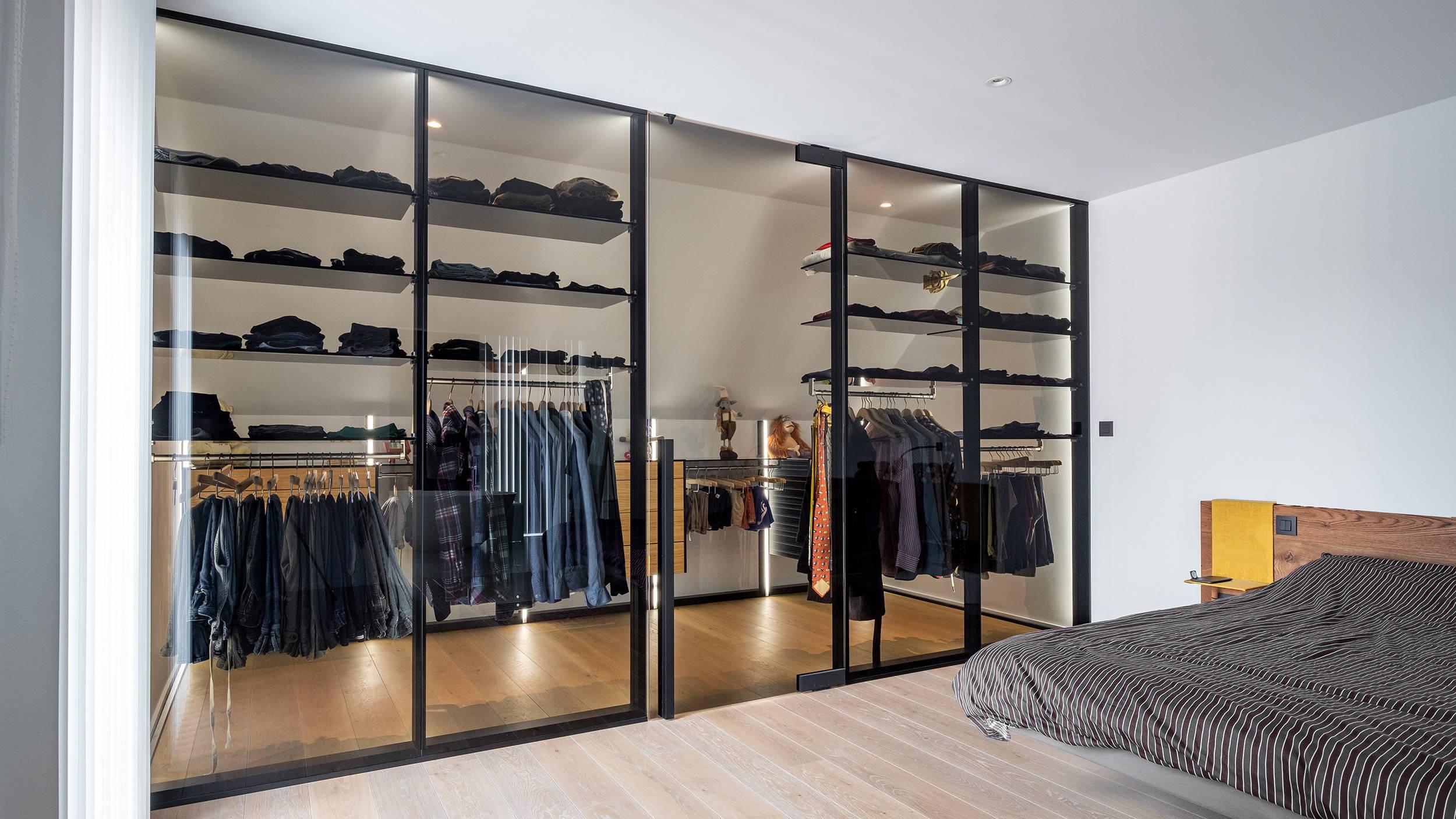 Walk-in closet system Dress Wall by ANYWAYdoors