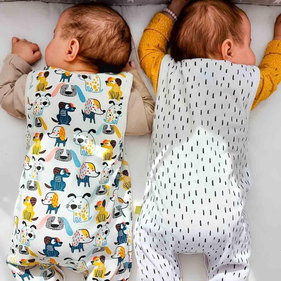 Zwillings-Outfit farbenfroh, süße Motive für Jungen und Mädchen