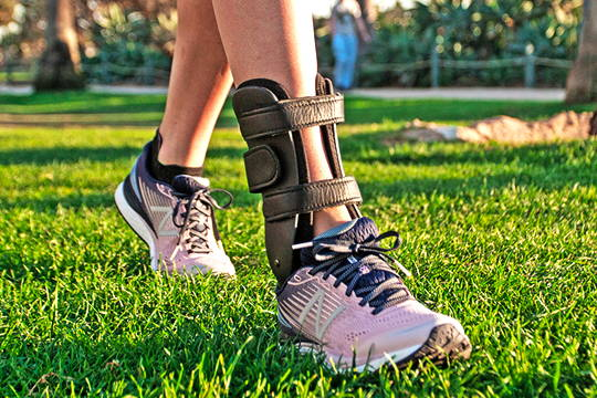 Ankle Foot Orthotics Orthoses AFO Brace Balance Richie Gauntlet Dorsiflex Traditional Foot Drop Custom